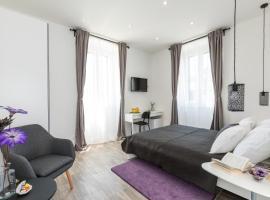 SeaBed Rooms Split