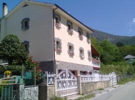 Casa El Regueron, Gédrez (Moncó yakınında)