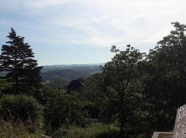 Gîte au calme avec point de vue proche Turenne, Sarrazac