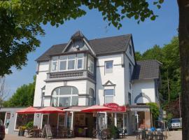 Townhuus No. 1 / Dieksee, Malente