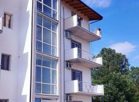 Apartments Alavana, Velipojë
