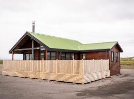 Black Beach Cottage, Ölfus
