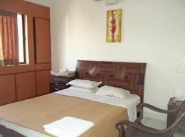 Apartment with Wi-Fi in Pune, by GuestHouser 50859, Пуне (рядом с городом Dāpuri)