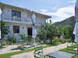 Blen Grand, Berat (Stan yakınında)
