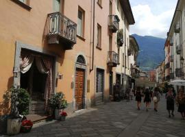 appartamento nel centro storico di Aosta con vista sui ghiacciai
