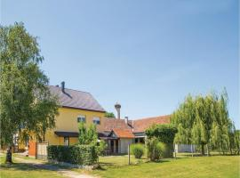 Two-Bedroom Holiday Home in Drenje, Drenje (рядом с городом Našice)