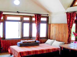 Room in a farmhouse in Bara Mungwa, Darjeeling, by GuestHouser 17115, Māngwa