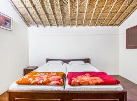 Cottage room in Mohan Chatti, Rishikesh, by GuestHouser 16472, Chamba