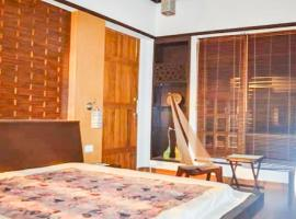 Boutique with parking in Guwahati, by GuestHouser 21106, Khānāpāra (рядом с городом Pakariāmukh)