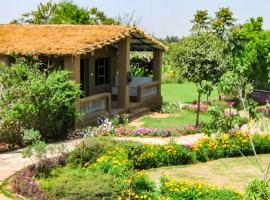 Cottage with a pool in Damdama, Gurgaon, by GuestHouser 20918, Bhundsi