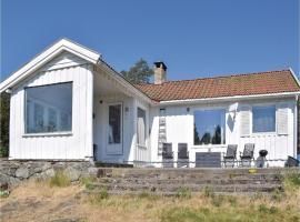 Three-Bedroom Holiday Home in Larkollen