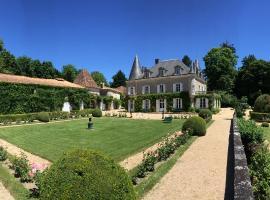 Chambres d'hôtes Château de Lannet, La Chapelle-Montmoreau