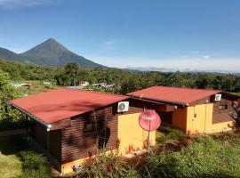 Toucan Cabin - Volcano View, Fortuna (Guayabal yakınında)