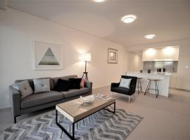 Brilliant Belise 2 Bed / 2 Bath / 1 Car Apartment