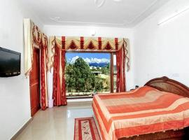 Boutique stay with parking in Pithoragarh, by GuestHouser 15258, Dharamgarh (рядом с городом Kapkot)