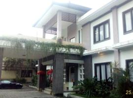 Dhyana Pura Hotel, Mengwi (рядом с городом Kapal)