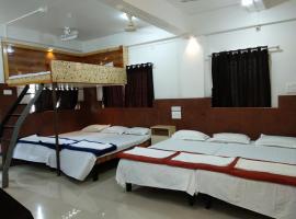 Joshi Yatri Niwas, Kolhapur (рядом с городом Ichalkaranji)