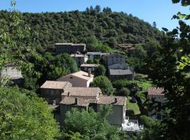 La Caladette, Les Plantiers (рядом с городом Sainte-Croix-Vallée-Française)