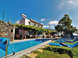Santa Cruz Villa Private Pool