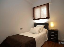 Sparkling 4 bedroom Apartment in Valencia (FC7903), Valensiya (Fuente de San Luis yakınında)