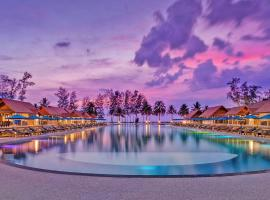 Le Menara Khao Lak beachfront Villa & Resort