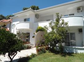 Apartments and Rooms Ljiljana&Smilja