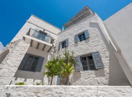 Πέτρινη Παραδοσιακή Κατοικία στον Κώστο, Kóstos (рядом с городом Maráthion)