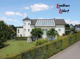 Landhaus Lüdorf, Sinspert (Sterzenbach yakınında)