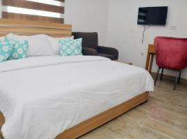 Graceland Hotel and Suites, Nyanyan