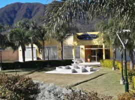 Hotel Don Oresttes, La Carrera