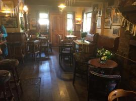 Roartys Bar, Донегол (рядом с городом Cashel)
