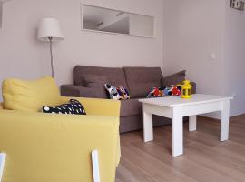 Apartamento Los Corralejos, Fuengirola (Santa Fe de los Boliches yakınında)