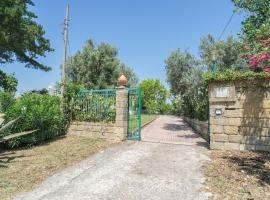 Villa Troianiello, Carano (Sessa Aurunca yakınında)