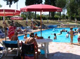 Toscana - Campings.com, Montopoli in Val d'Arno (San Romano yakınında)