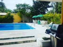 La casona aparta hotel, Ensanche Vista Alegre (La Golondrina yakınında)