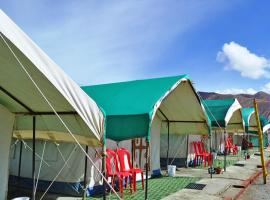 1-BR tent accommodation in Pangong, Leh, by GuestHouser 6539, Spangmik (рядом с городом Darbuk)