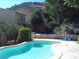 Pool & View Village Villa, Méounes-lès-Montrieux
