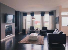 JDL Evergreen High end Modern House you will love your stay., Calgary (Millarville yakınında)