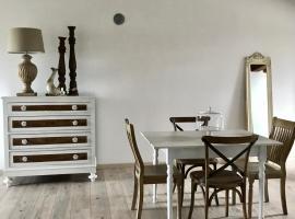 Castle Laxury Suite, Castellamonte (Salassa yakınında)