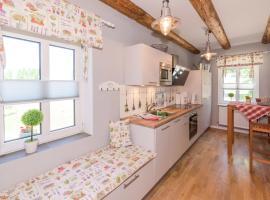Cottage 32 - [#65843], Quals