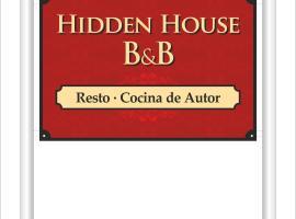 Hidden House Ballenas studio