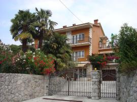 Apartment Rijeka 15854a, Риека (рядом с городом Turan)