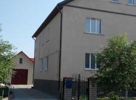Zagorodnyi dom na Usadebnoy 4, Vawkavysk (Berezhki yakınında)
