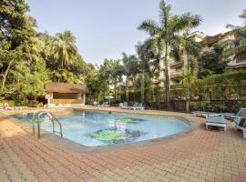 Apartment with a pool in Candolim, Goa, by GuestHouser 61098, Кандолим (рядом с городом Аугада)
