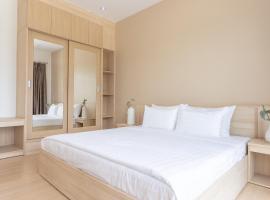 O2 Hotel Lopburi