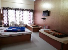 Hotel Dhauli Ganga, Jāmb (рядом с городом Kora)