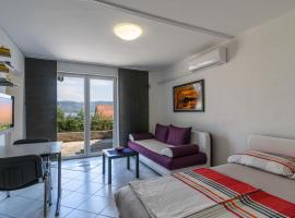 Apartment Sapina Ciovo, Арбания