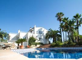 Villa Amelie - Spectacular Seaview, Private Tennis Court and Pool, Пальма-де-Майорка (рядом с городом La Esglayeta)