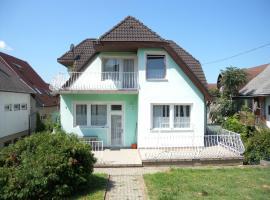 Holiday home in Fonyod/Balaton 34599, Фоньод (рядом с городом Buzsák)