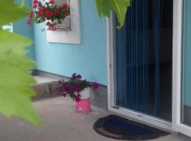 HOLIDAY HOME NORA**** Loznati Cres